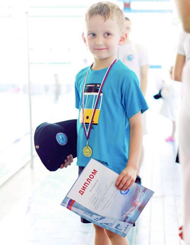 Дети с кохлеарным имплантом — победа Гордея